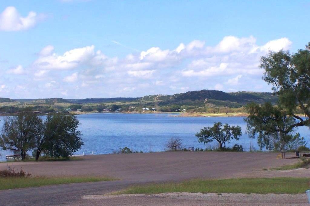 lake-properties